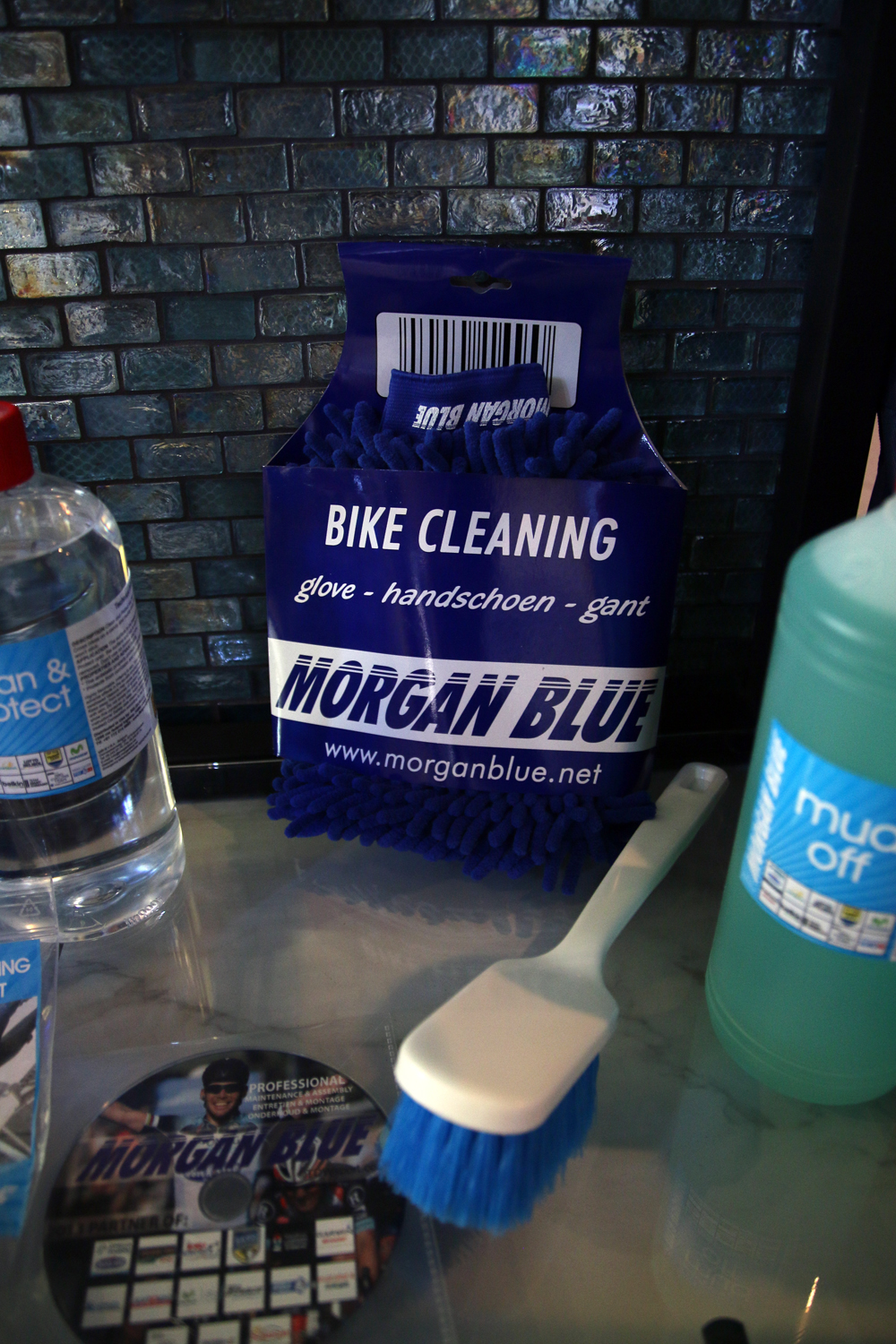 Ib14 Morgan Blue Adds Matte Carbon Specific Cleaner