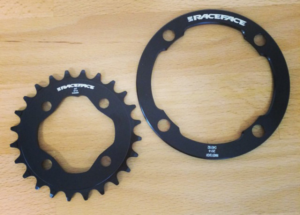 Raceface Micro ring bash guard