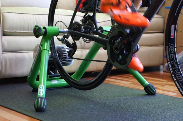Kurt Kinetic road machine premium fluid cycling indoor trainer review