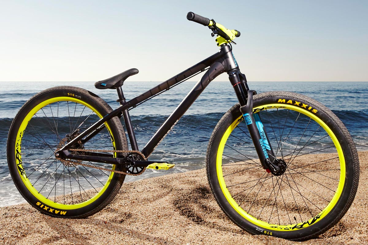 all2ride takes new canyon stitched dirt jumper on the road. Black Bedroom Furniture Sets. Home Design Ideas
