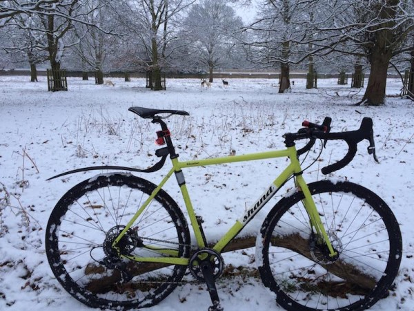 bikerumor pic of the day commuting by bike in london