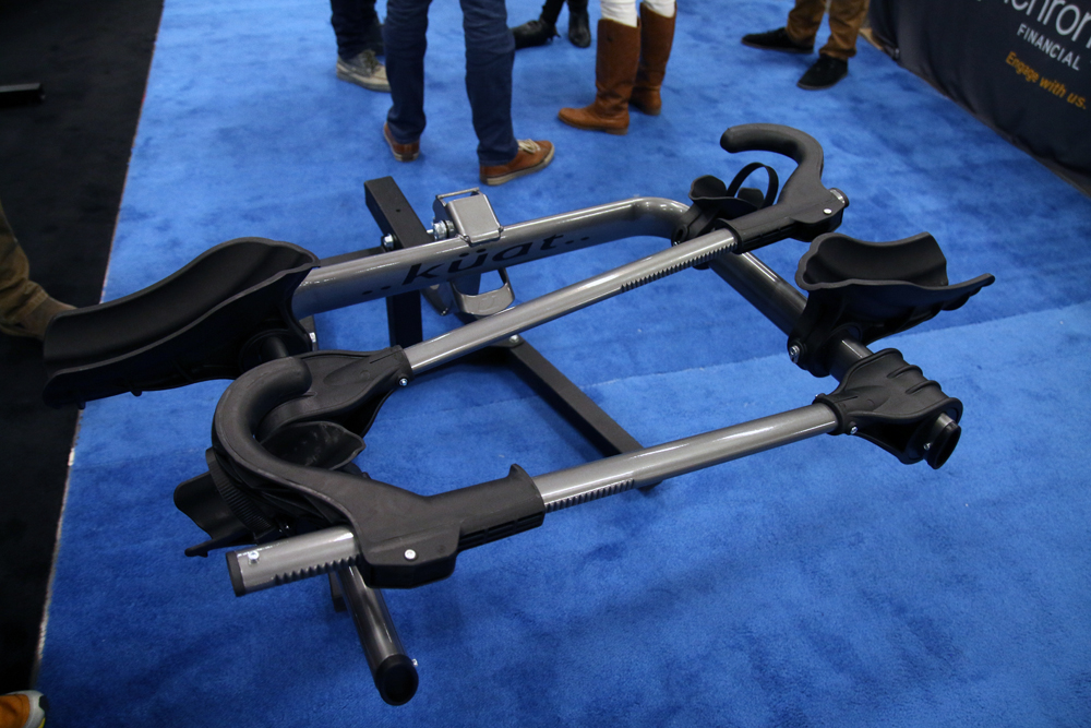 New Kuat Transfer Tray Style Hitch Rack Carries Bikes For