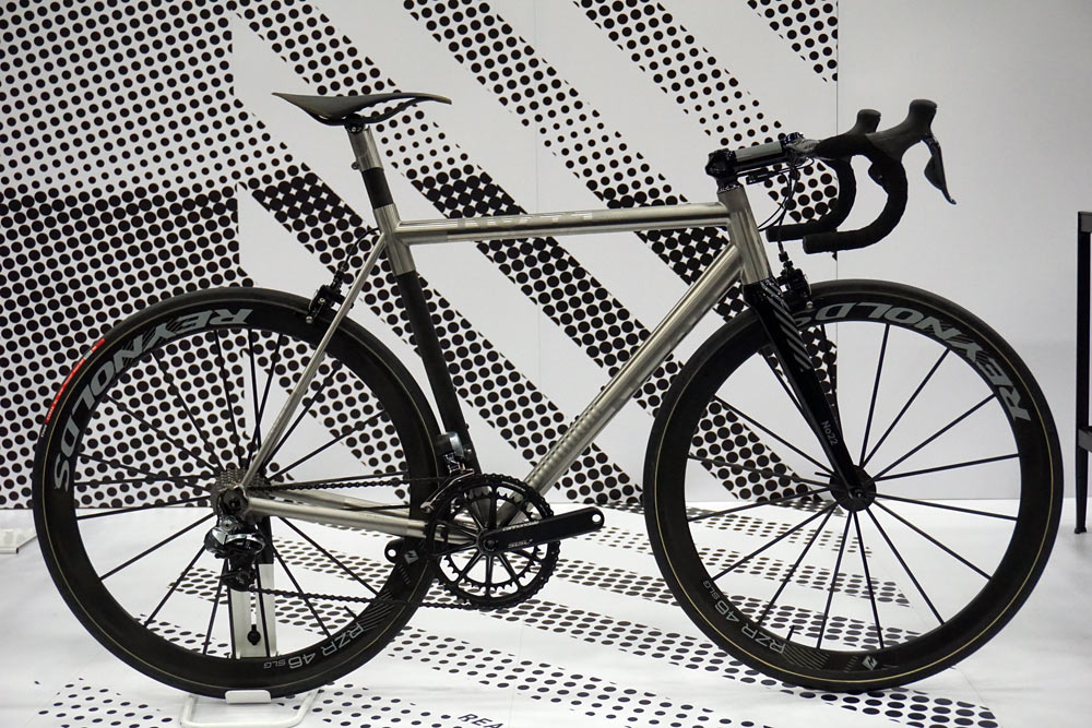 NAHBS 2015: No. 22 heads to races with 13.1-pound titanium/carbon ...