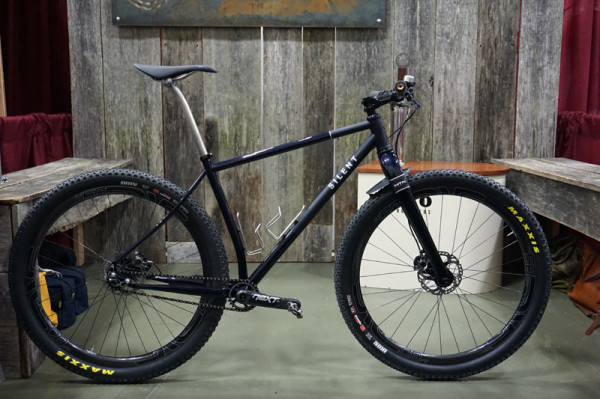 Silent-Cycles-steel-29er-hardtail-mountain-bike01
