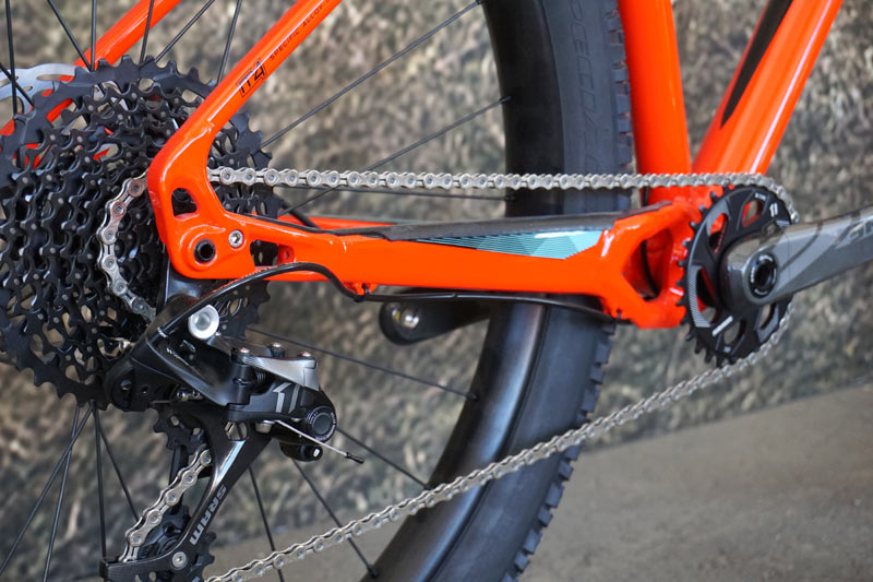 Soc15 Specialized Launches Fuse Ruze 27 5 New Rumor 650 Trail