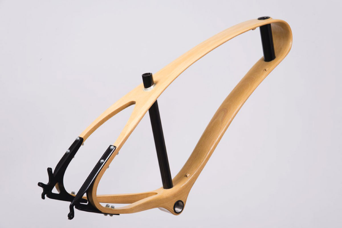 Jan Workshop Shapes a new Wooden Bike with Stunning Continuous Beam ...
