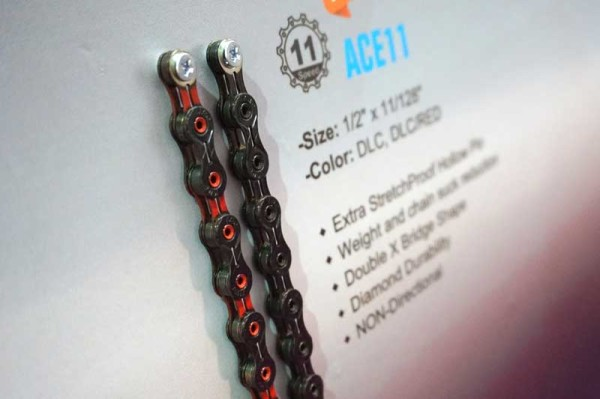 KMC-chains-DLC-coated-high-performance-bicycle-chains01