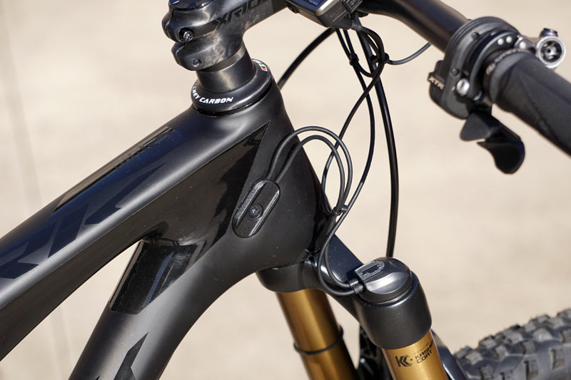 Scott Spark 700 Ultimate Di2 Makes Everything Electronic