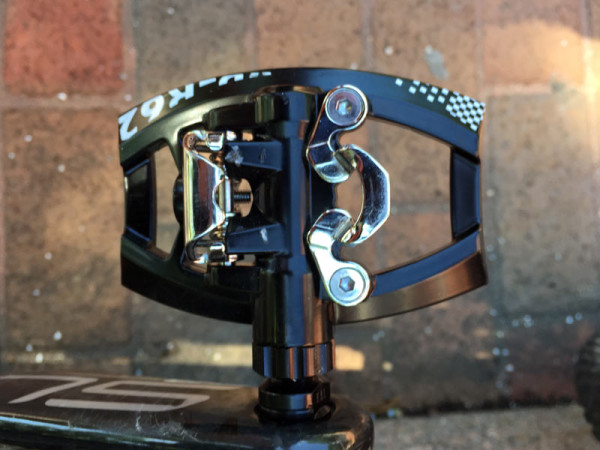 VP Components R62 flat pedals with single sided SPD clipless entry ride review and actual weights