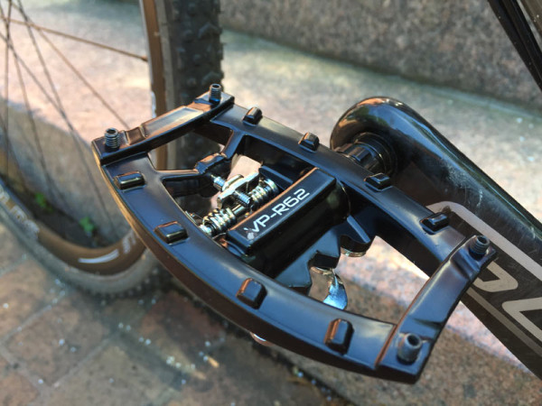 VP Components R62 flat pedals with single sided SPD clipless entry