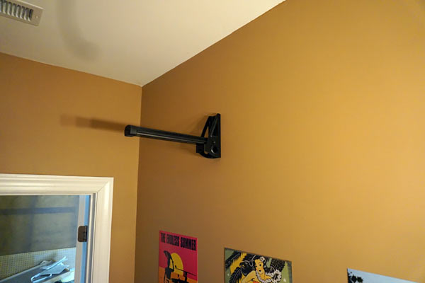 feedback-sports-wall-post-wall-mounted-bicycle-rack-review-03