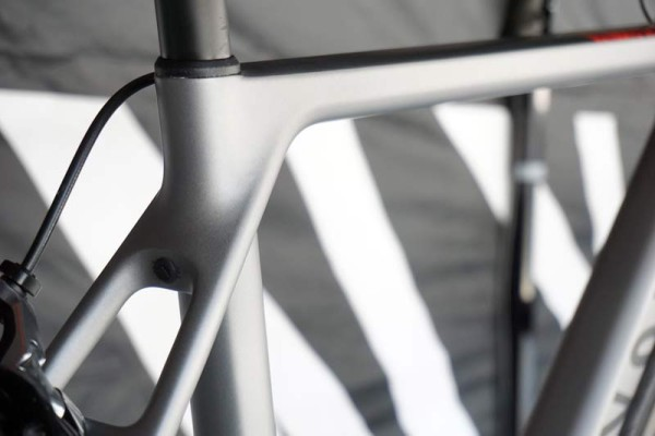 2016 Canyon Ultimate CF SLX road bike actual weight and frame details