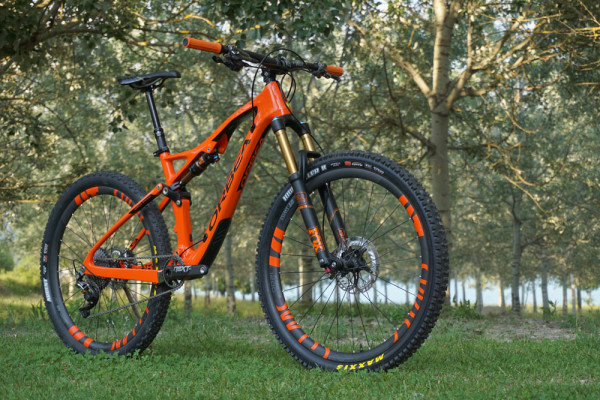 2016-orbea-occam-am-275-mountain-bike-04