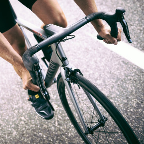 Canyon_new_Ultimate-CF-SLX_front-end-in-action_by-Tino-Pohlmann
