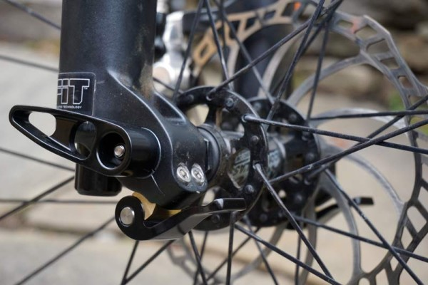 Flow Zone Q36R quick release thru axle adapter for Fox Float 36 suspension fork review and actual weights