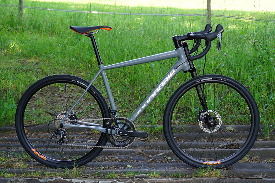 cannondale slate gravel road bike ready to hit the dirt. Black Bedroom Furniture Sets. Home Design Ideas