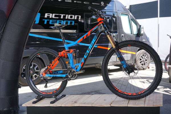 2016 cube mountain bikes upgraded carbon stereos. Black Bedroom Furniture Sets. Home Design Ideas