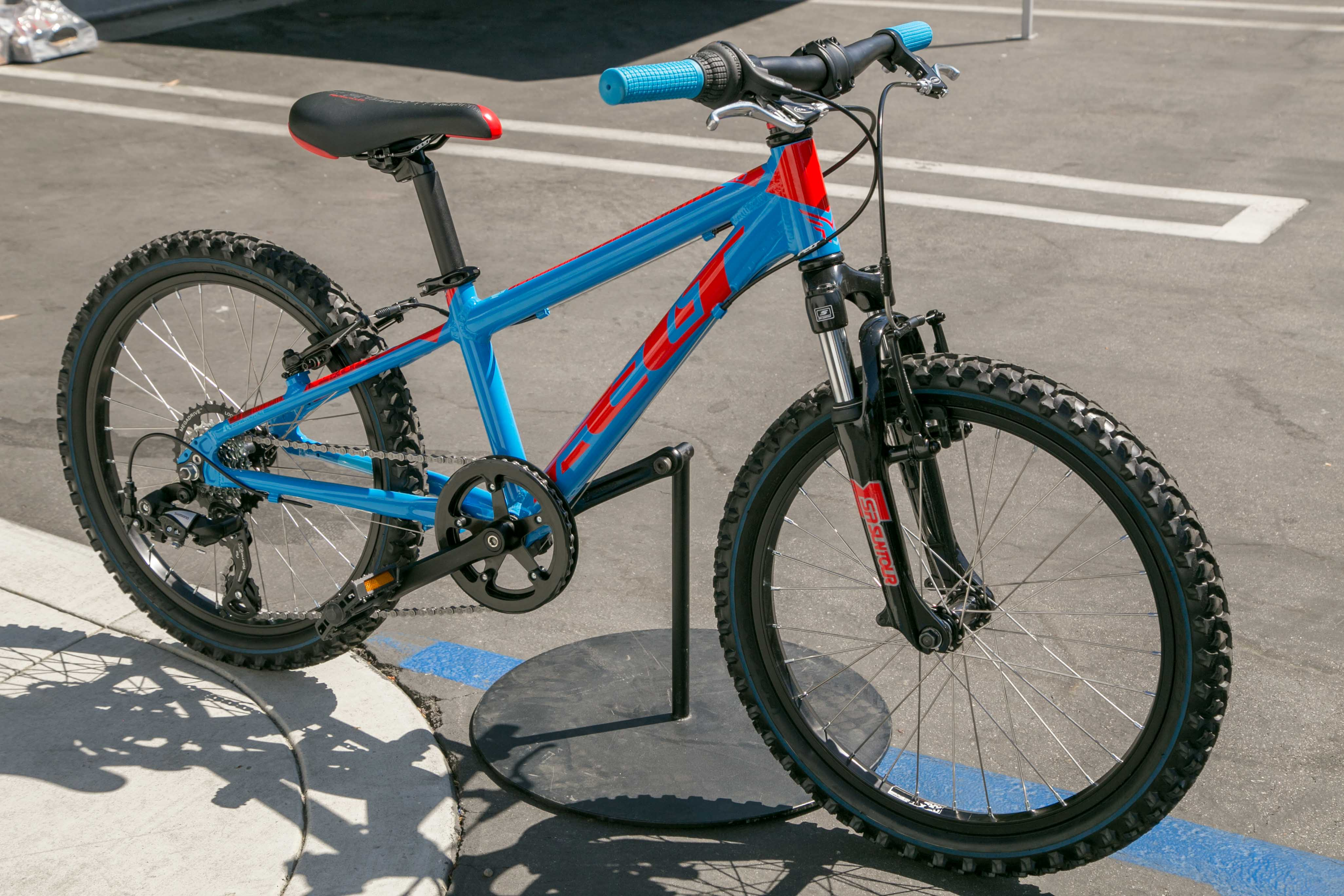 Felt Introduces Lower Price Point MTBs, Promises More to ...