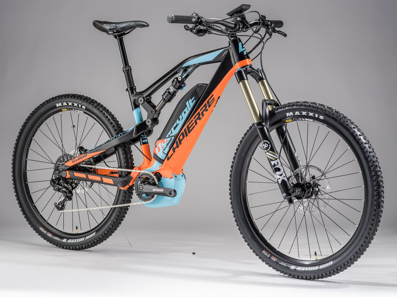 lapierre dives deeper into e bikes with 170mm enduro. Black Bedroom Furniture Sets. Home Design Ideas
