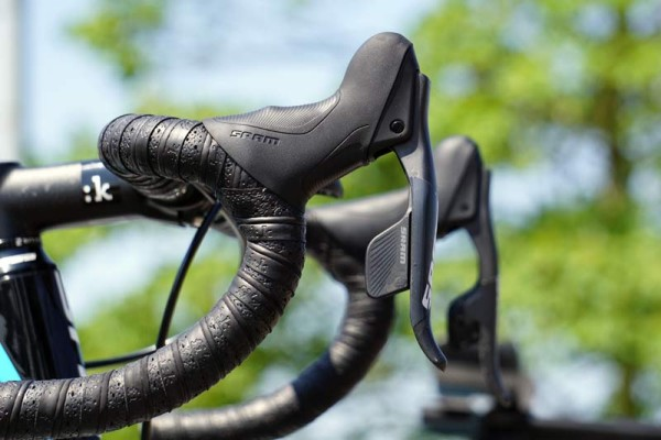 Ag2r pro cycling team Focus Izalco Max road bikes with prototype SRAM wireless electronic shifting