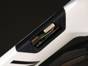 Canyon_Project-Connected_concept-bike_electronics-detail