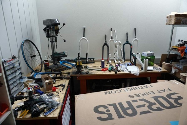 lauf-headquarters-tour-workshop-and-testing-rooms01