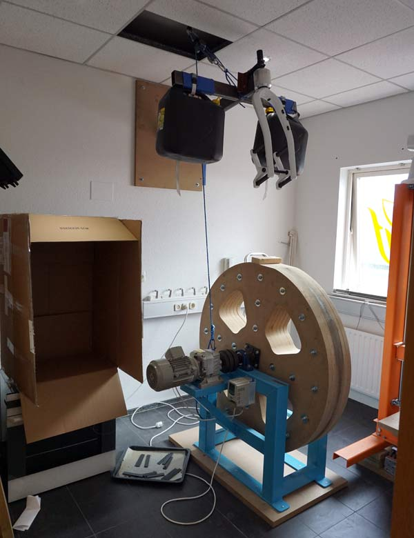 lauf-headquarters-tour-workshop-and-testing-rooms02