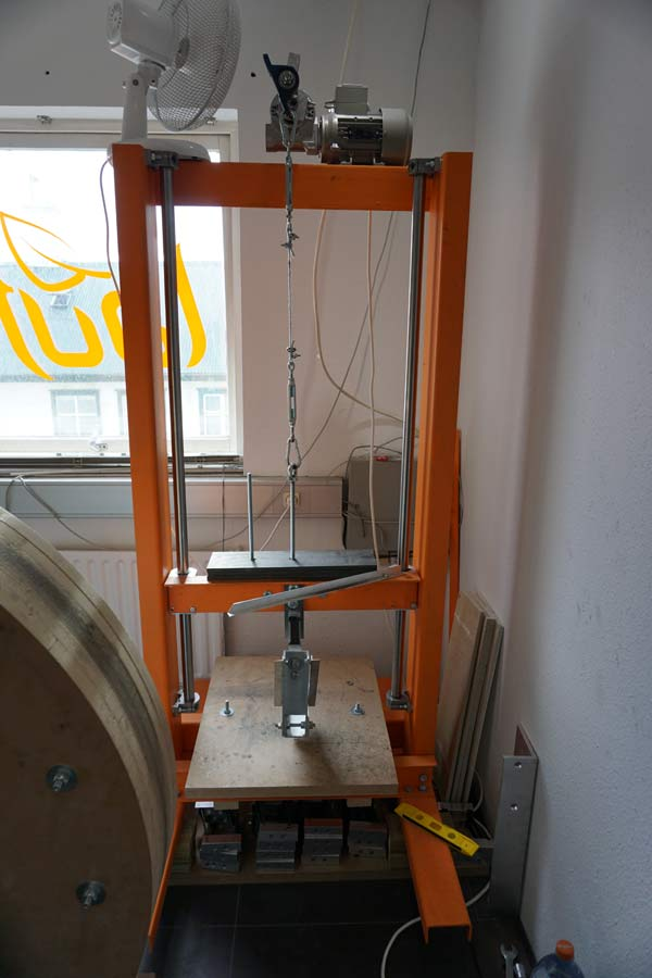 lauf-headquarters-tour-workshop-and-testing-rooms05