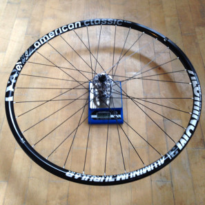 American-Classic_Aluminum-Disc-Brake_tubular_road-cyclocross-wheelset_front-wheel