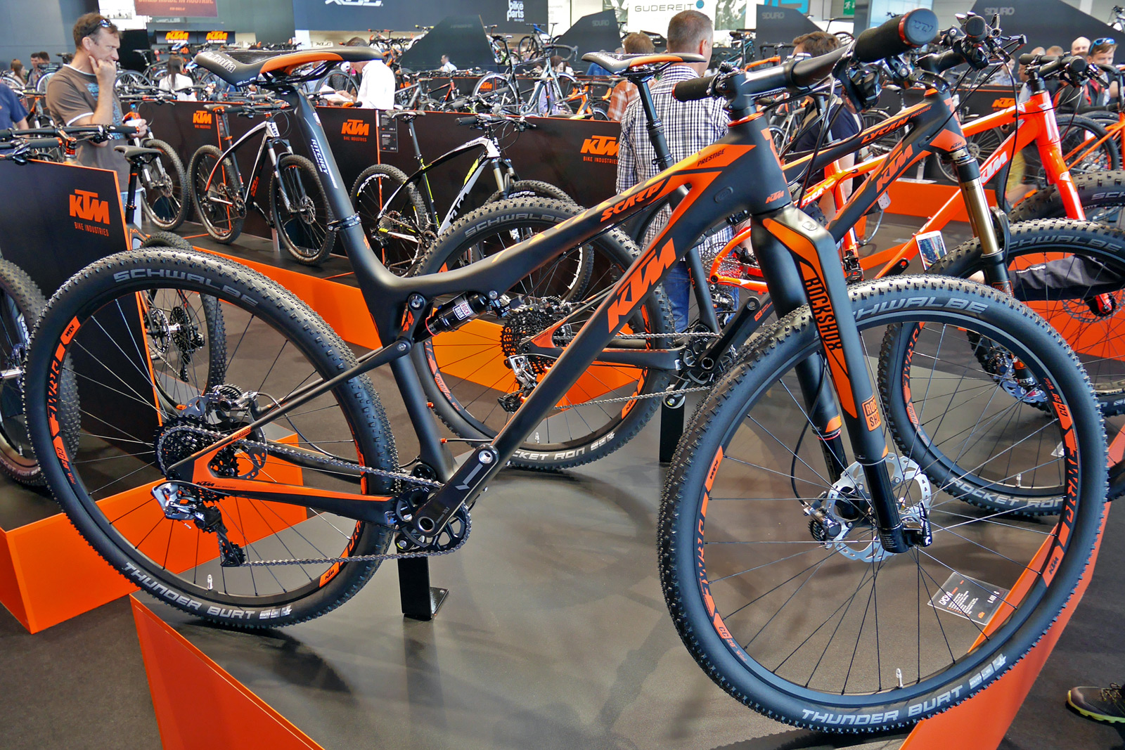 Eb15 Ktm Updates Mountain Bikes With Straight Line Link