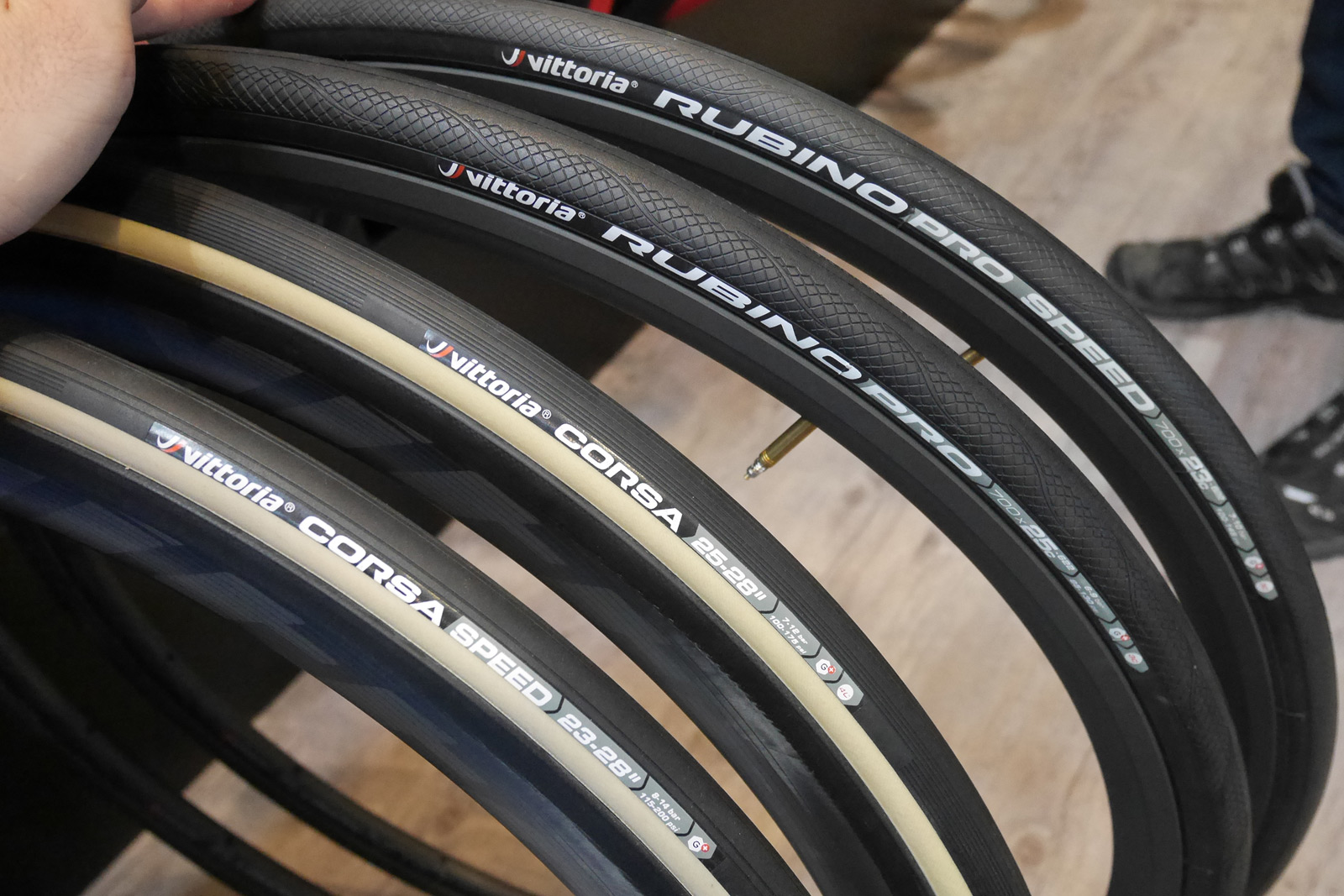 Vittoria Rubino Pro Tyre 700 x 30c G GRAPHENE Tire Full black For Road Bike