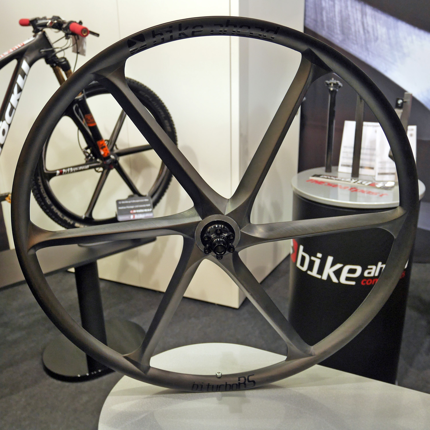 Eb15 Bike Ahead S 1kg Ac One Xc Wheelset Plus More For Road And