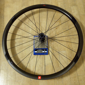 3T-Discus-C35_mid-section-disc-brake-carbon-clincher-wheelset_road-gravel-cyclocross_front-wheel-actual-weight-722g