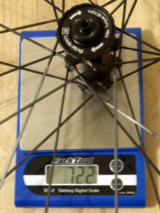 3T-Discus-C35_mid-section-disc-brake-carbon-clincher-wheelset_road-gravel-cyclocross_front-wheel-actual-weight-722g-detail