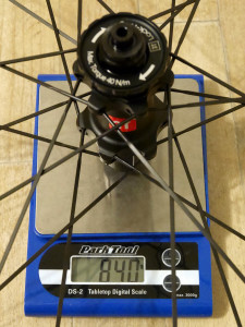 3T-Discus-C35_mid-section-disc-brake-carbon-clincher-wheelset_road-gravel-cyclocross_rear-wheel-actual-weight-840g-detail