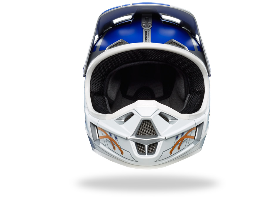 finding a star wars x fox r2 d2 v3 helmet in stores may be your only hope bikerumor. Black Bedroom Furniture Sets. Home Design Ideas