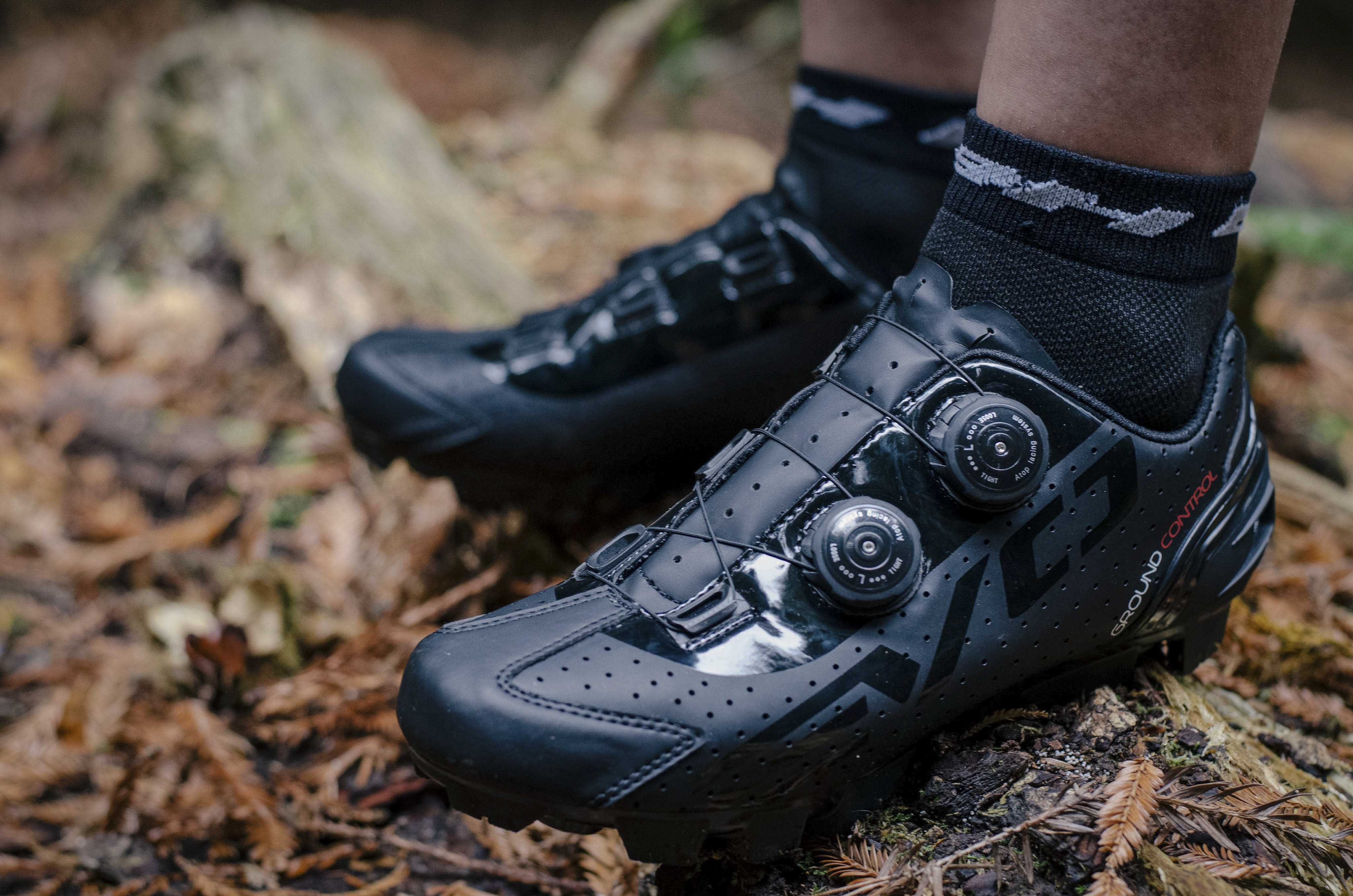 Bh Steps Out With New Evo S Lite Amp Lite Shoes For Both