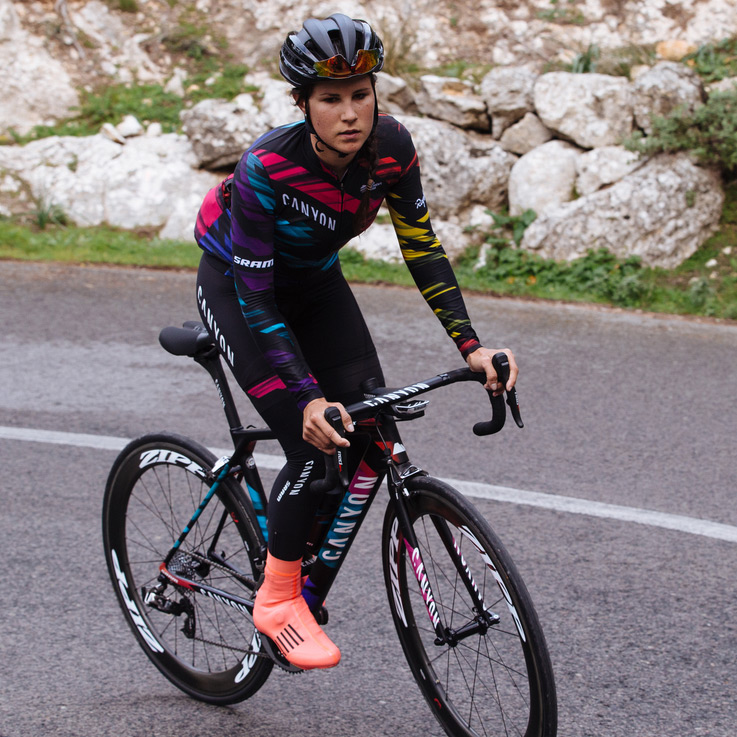 Rapha Colors In Kit And Bikes For The Canyon Sram Women