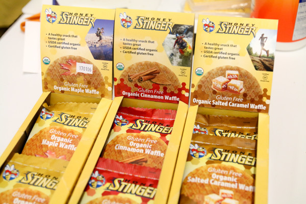 Honey Stinger gluten free waffle protein chews clif bar oatmeal-2