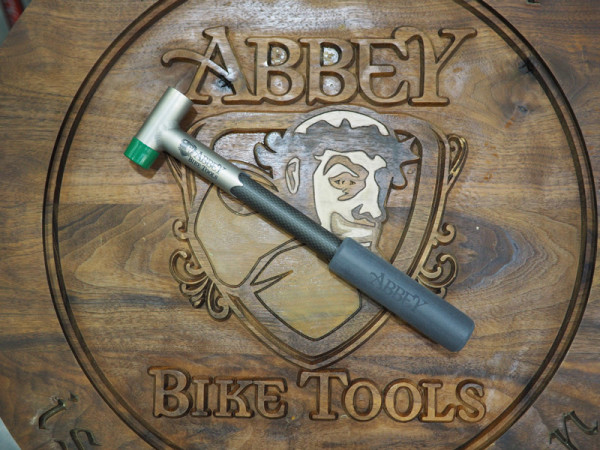 NAHBS-2016_Abbey-Tools_carbon-ti-hammer
