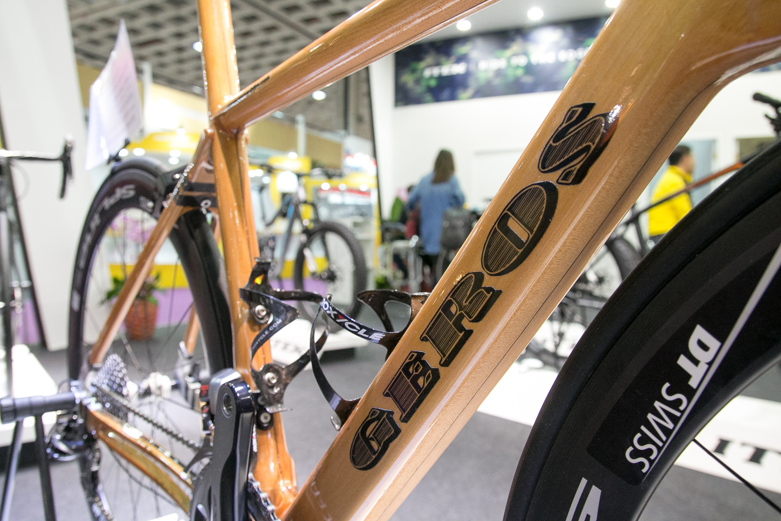 Tpe16 Geros Produces World S Lightest Wooden Road Bike And It S