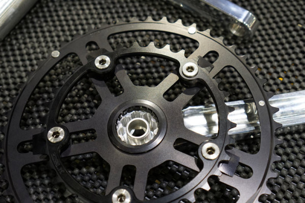 White Industries MR30 30mm spindle crankset for road and mountain bikes with new single chainring tooth design