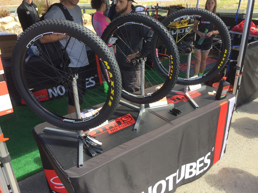 Soc16 Stan S Notubes Takes Mountain Bike Rims Wider Lighter And