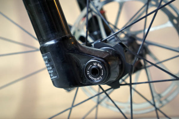 Carbon-Ti X-Lock lightweight alloy thru axle review and actual weights