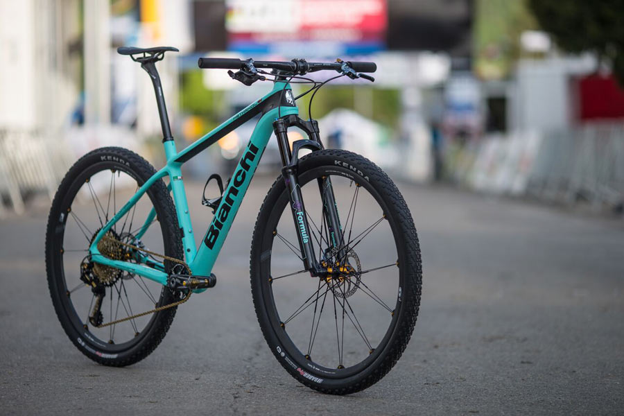 New Bianchi Methanol CV applies vibration damping to their ...