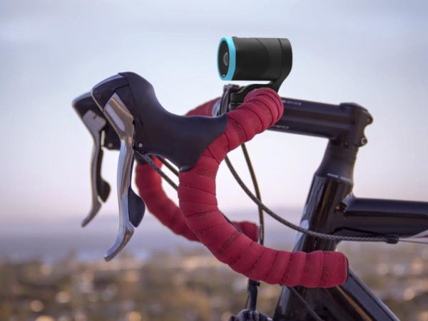 Revl-Arc_compact-action-cam_camera-on-board-stabilization_bar-mount