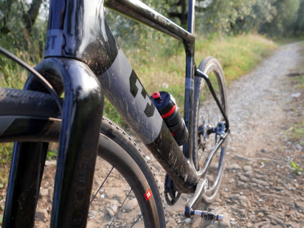 3T-Exploro-LTD_carbon-gravel-plus_dirt-gravel-asphalt-bike_gravel-road
