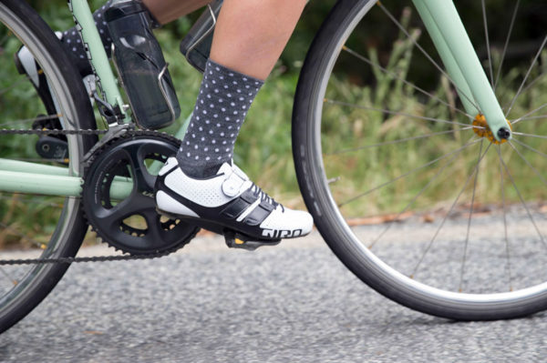Giro-Factress-Techlace_womens-lace-up+Boa-dial_premium-carbon-soled-road-shoes_white-riding