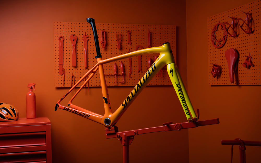 specialized fires up color changing heat sensitive paint for olympians and you bikerumor. Black Bedroom Furniture Sets. Home Design Ideas