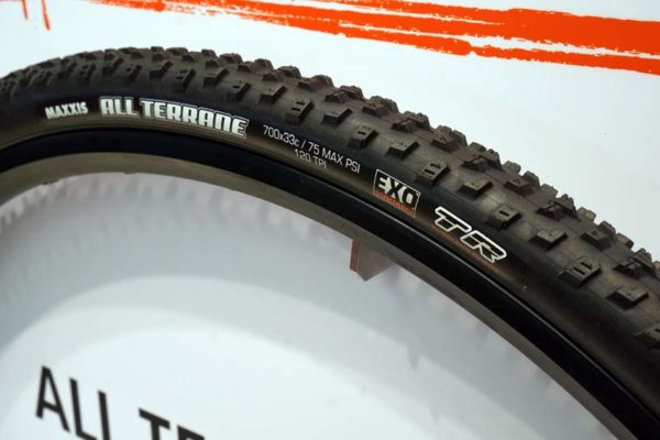 EB16: Maxxis adds more tubeless ready cyclocross, gravel tires & lots more Plus-sized MTB treads - Bikerumor